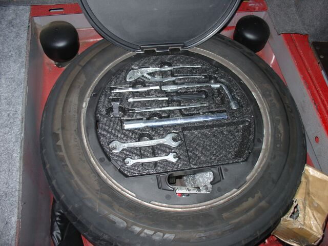 W124 series original tool kit and accessories page 4 for Mercedes benz tool kit